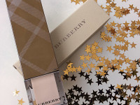 BURBERRY – Fresh Glow Luminous Fluid Base