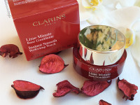CLARINS – Lisse Minute Base Comblante